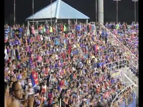 Semangat penyokong JDT sebelum perlawanan bermula.. my next video is here :) . http://www.youtube.com/watch?v=FtNJw-NbxXI.