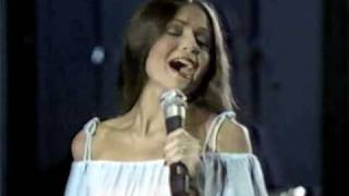 Watch Crystal Gayle The Woman In Me video