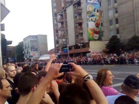 8 Septemvri Skopje 2011 parada