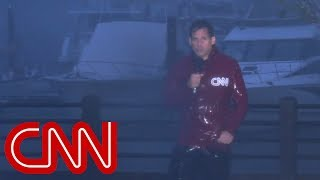 Hurricane Florence splits CNN anchor's microphone cord