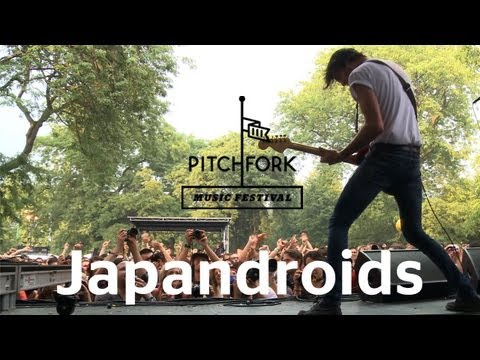 Japandroids perform &quot;Fire&#039;s Highway&quot; at Pitchfork Music Festival 2012