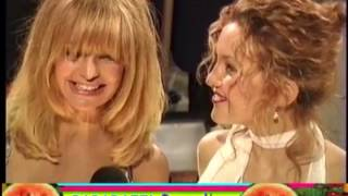 GOLDIE HAWN Brings Kids KATE And OLIVER HUDSON To American Comedy Awards