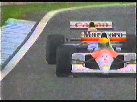 Mansell goes wheel to wheel with Senna as he passes him in Catalunya.