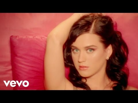Katy Perry – I Kissed A Girl