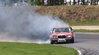 Mercedes W123 TURBO 525hp Diesel Drifting