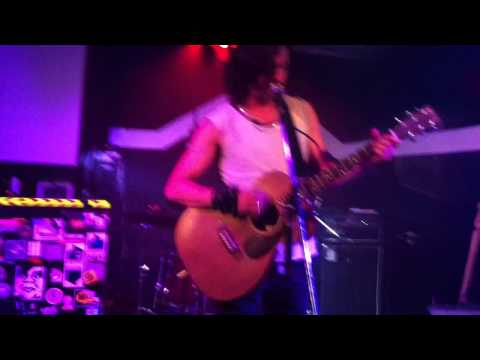 What Katie Did- Carl Barat (Acoustic Live in Singapore 13 May 2013)