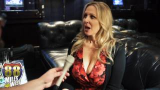 Download Julia Ann interview at the Adult Entertainment Expo 2017 3Gp Mp4