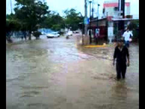 Inundaci�n En Acapulco, Bulevar Vicente Guerrero