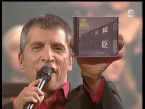Arctic Monkeys at Taratata Studios 2007 - FULL