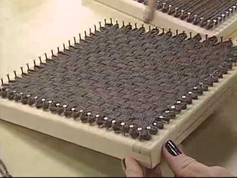 ARTE BRASIL - CONCEIÇÃO SALVA - TAPETE DUAS CORES EM BARBANTE (08/08/2011)