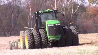 John Deere 9560R on Triple Tires Ripping Ground