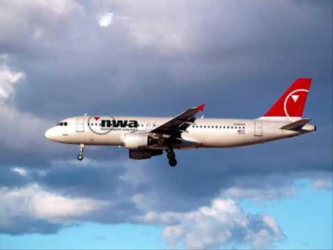 Northwest Airlines flight 1546 bird strike engine failure - audio only