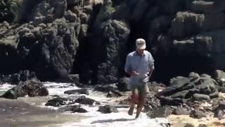 Cuộc Tìm Kiếm Đá Quý Trên Quần Đảo Khánh Hòa...