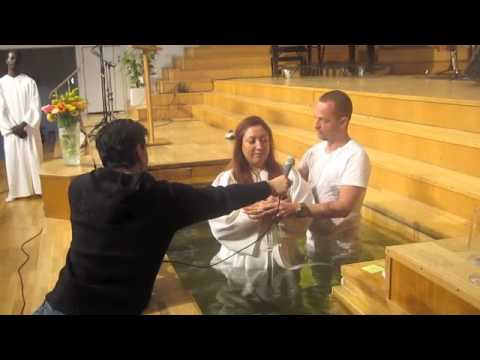 Zohreh Monesi Baptis video