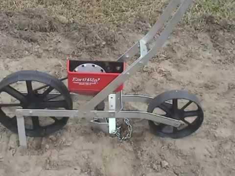 Sembradora de Precisión de Hortalizas Earthway