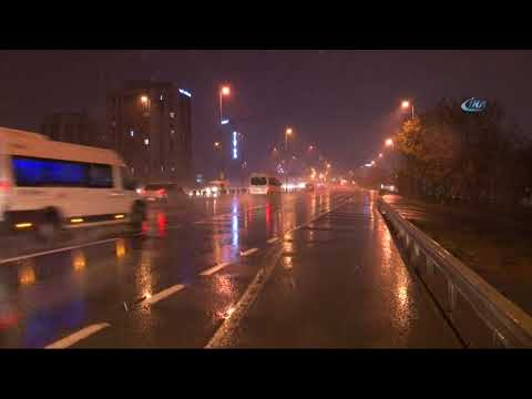 İstanbul'da Beklenen Kar Yağışı Başladı