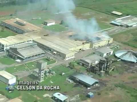 Santana do Araguaia: Frigorífoco Atlas / JBS é parcialmente destruído em incêndio