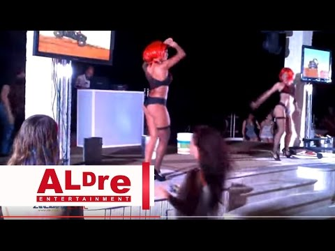 Table Baby Dancing Single Hot Sexy Lady at Cancun Mexico HD