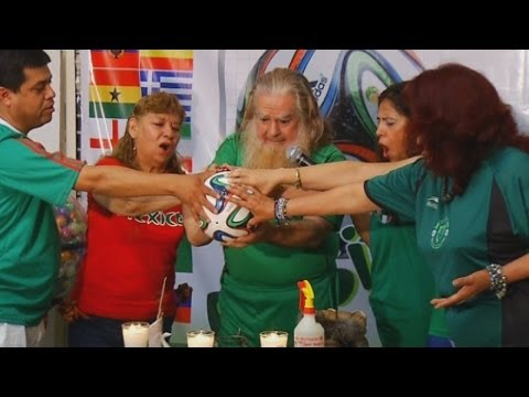 2014 World Cup: Mexican warlock uses magic to support national team