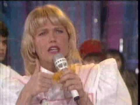 Xuxa responde a duas perguntas polêmicas - 1991