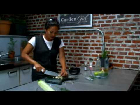 How to Make a Cucumber Salad