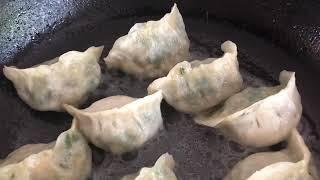 How to Properly Pan-fry Shaolin Dumplings