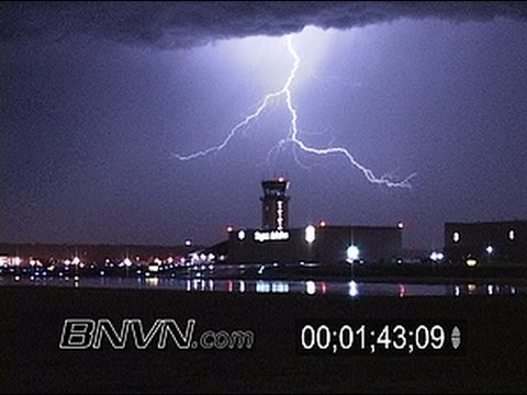 8/22/2004 Lightning footage at night at the St. Paul, MN downtown airport