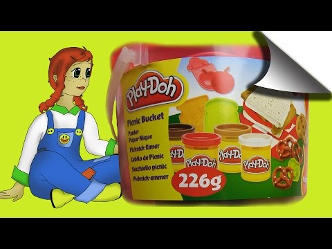 Learn Colours While Amber is Having a Picnic! Let's see what is in the Play Doh Picnic Bucket!