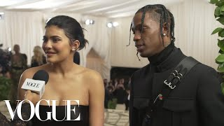 Download Lagu Kylie Jenner and Travis Scott on Their Parents' Night Out | Met Gala 2018 With Liza Koshy | Vogue Gratis STAFABAND