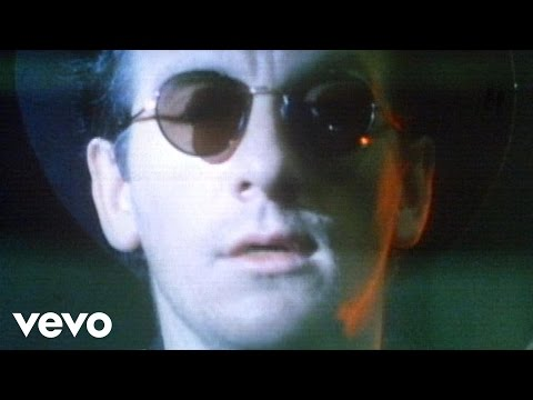 Elvis Costello - Dont Let Me Be Misunderstood