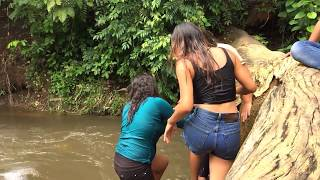 CHAPUZON EN ESTE RIO | Disfrutando entre amigos con las Chicas 2/2