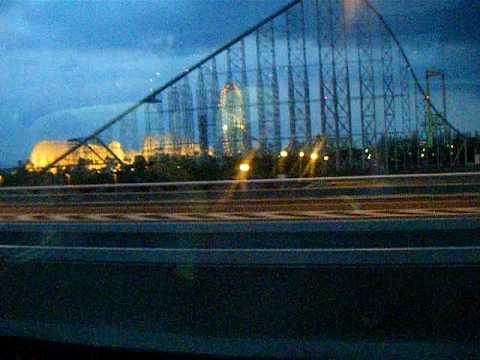 2009 0326 バスの車内 長島スパーランド夜景