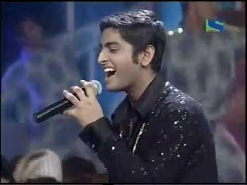 Young Arijit Singh in Romantic Mood -  Meri Soni Meri Tamanna