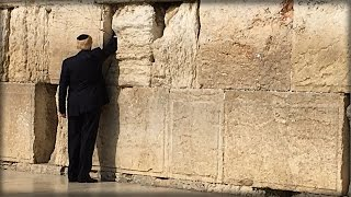 Oh My! Trump Walked Up To Israel's Western Wall and Did The Unthinkable (Video)