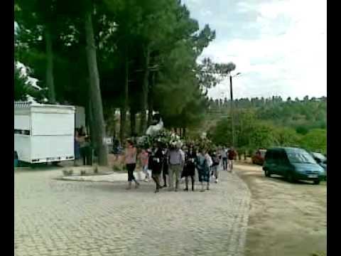 Senhora dos Milagres Cubo 2010 Carrazedo de Montenegro Prociss�o no Santu�rio.mp4