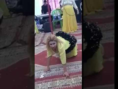 رقص شعبي مغربي ساخن  😍😍 thumbnail
