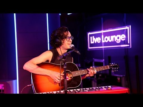 The 1975 - What Makes You Beautiful In The Live Lounge video