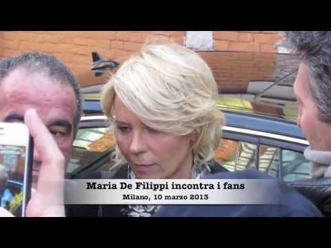 MARIA DE FILIPPI incontra i fans a Milano