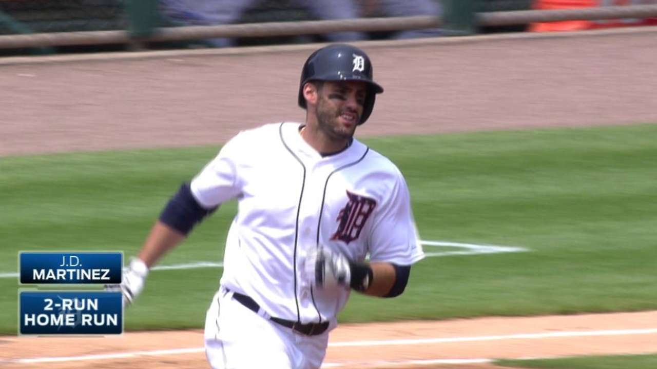 TOR@DET: J.D. Martinez launches two-run shot in 1st