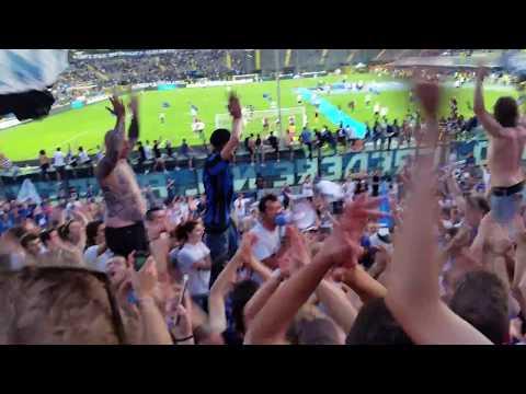 Cristian Raimondi nel giorno del suo addio al calcio giocato, sale in Curva Nord. Grazie Cristian! Grande campione, grandissima persona!