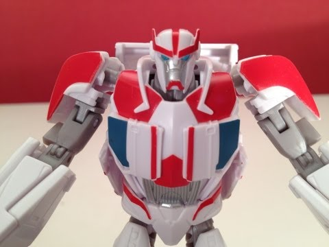 TRANSFORMERS PRIME - RATCHET - TOY REVIEW