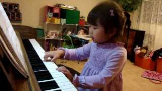 "DELIGHTFUL: 4 yr. old girl sings: ""I Love You Lord""!!!!! From the heart!!!!!"