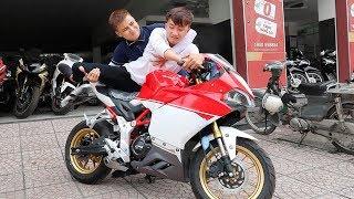 Thanh Niên Lần Đầu Trong Đời Đi Mua Ducati