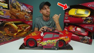 CARS 3 TOY HAUL from Mattel New Disney Pixar Cars3 Cruz Ramirez Lightning McQueen Race Tracks