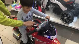 Mon đi Xem và  Mua xe - Test and Buy Baby Car in BigC Thang Long