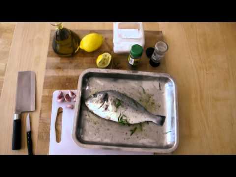 Pescado al horno con ajo y especias
