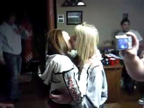 Funny Lesbian Make Out Fall Louis Basement video