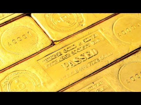 Gold Drops Double Digits as Federal Reserve Meeting Looms