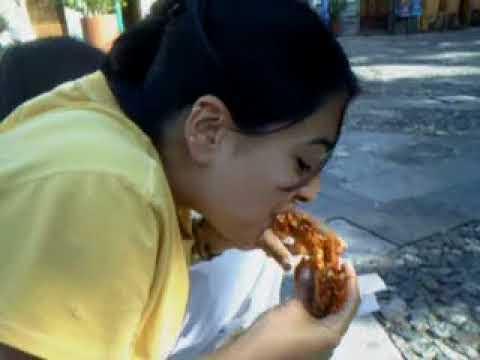 Como Se Come Una Guacamaya..