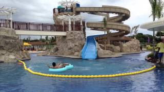 Azrael and FPJ on the water slide of Aquaria
